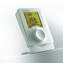 Thermostat programmable à liaison filaire ou radio | Tybox
