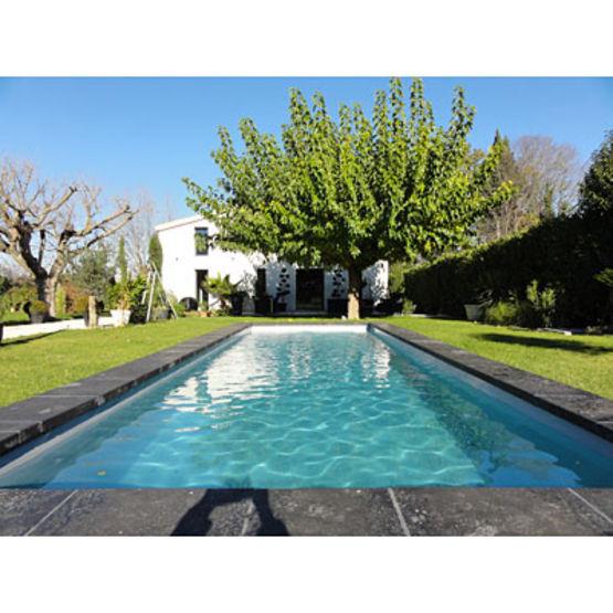 couloir de nage coque polyester en 4 teintes g n ration piscine. Black Bedroom Furniture Sets. Home Design Ideas